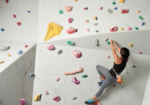 woman-bouldering-aia-malaysia