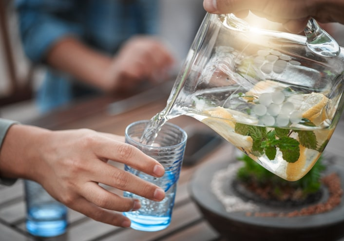 Air Suam VS. Air Sejuk, Yang Mana Pilihan Anda?
